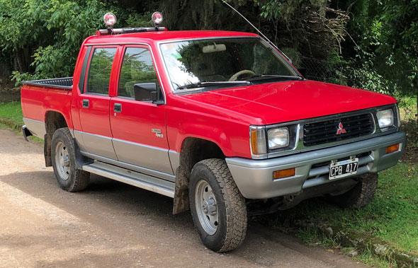 Auto Mitsubishi L200 4x4