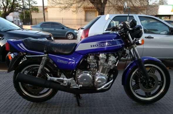 Moto Honda CB 900 F