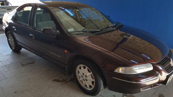 Auto Chrysler Stratus 1998