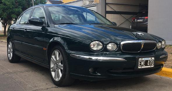 Auto Jaguar X-Type 2.0 V6 SE