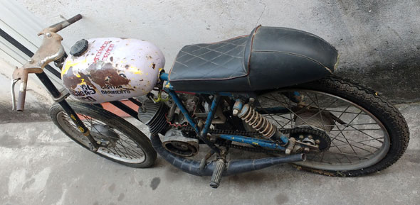 Tehuelche Carrera Motorcycle