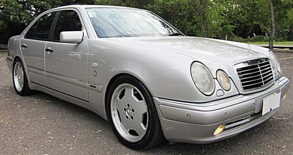 Auto Mercedes Benz E55 AMG AT 1999