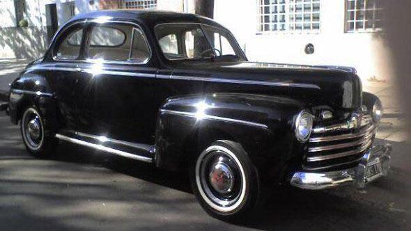 Car Ford Coupé 1946