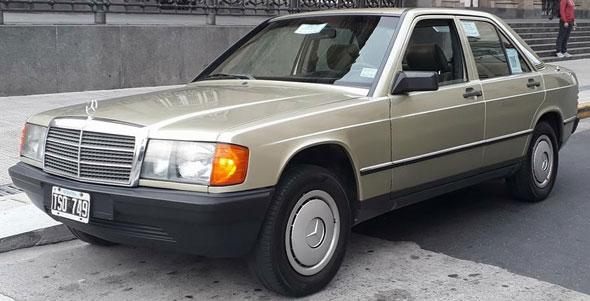 Auto Mercedes Benz 190E