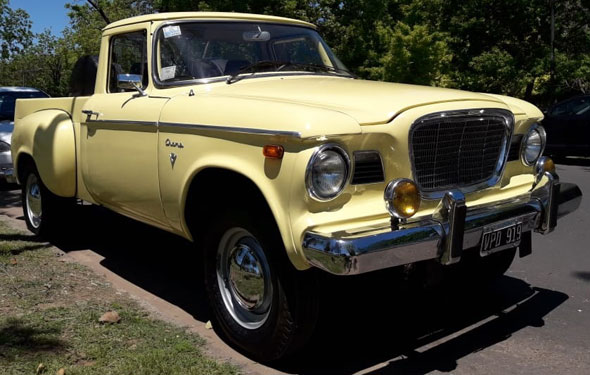 Car Studebaker Champ V8 1961