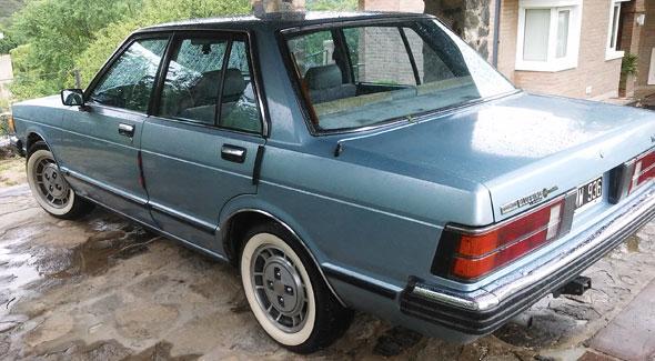 Auto Datsun 1981