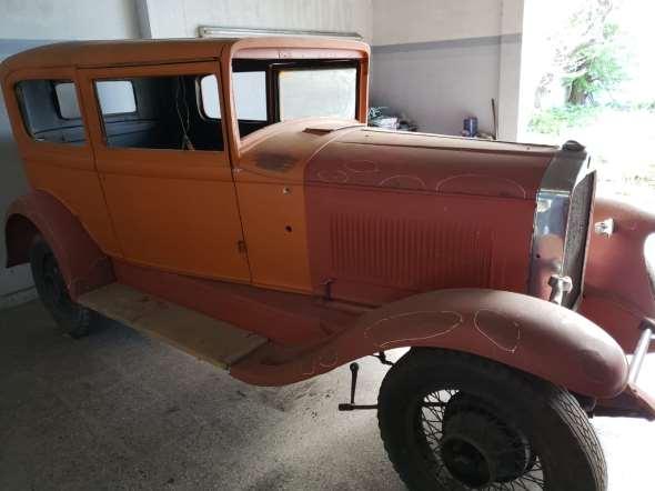 Car Willys Knight 70B
