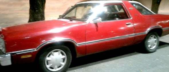 Auto Ford Fairmont