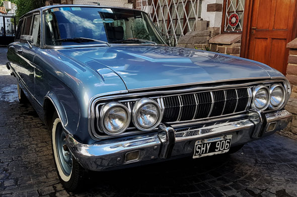 Car Ford Falcon Rural Deluxe 1971