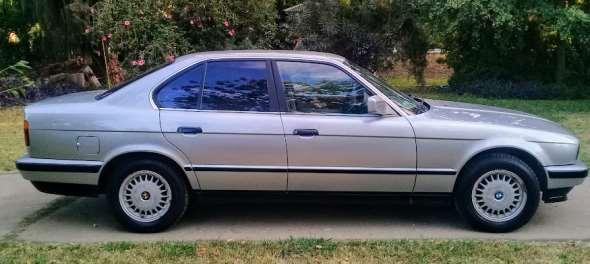 Auto BMW 525i