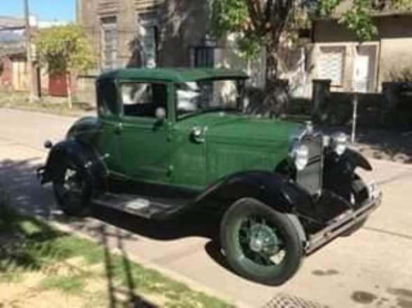 Car Ford 1930 Coupé