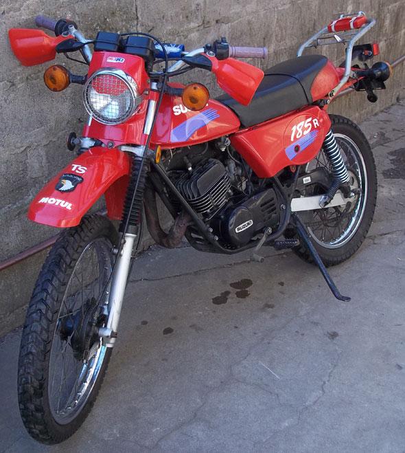 Moto Suzuki TS 185 ER