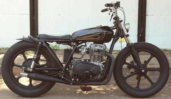Moto Kawasaki Kz440