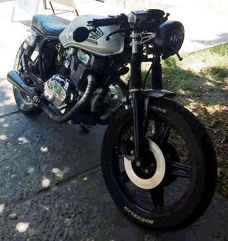 Moto Honda CB400N