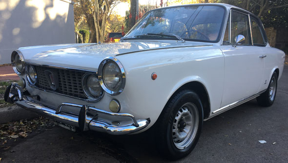 Auto Fiat 1500 Coupe