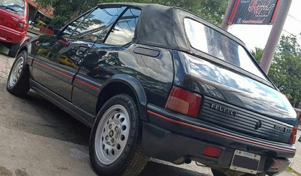 Car Peugeot 205 CTI