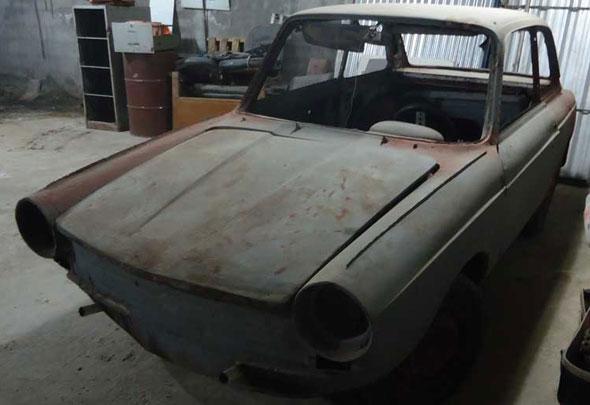 Auto Fiat 800 Coupé