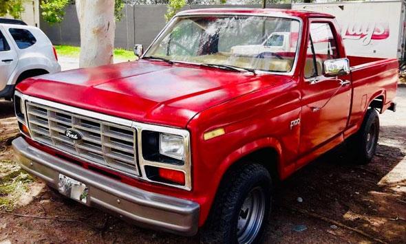 Car Ford F100