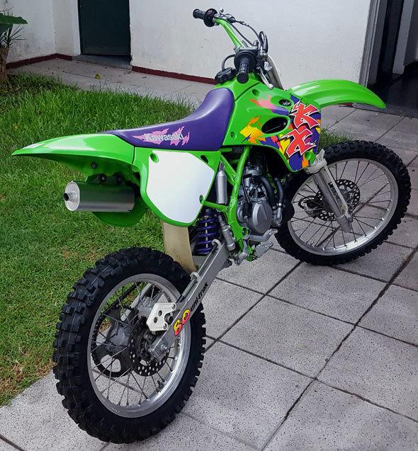 Moto Kawasaki KX 80 BW