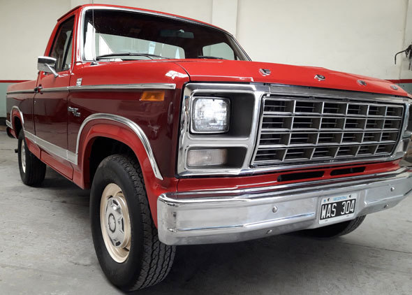 Auto Ford F100 Ranger