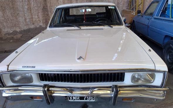 Auto Dodge Polara 1974