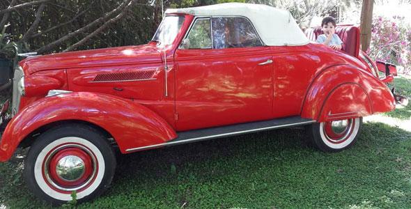 Car Chevrolet 1937 Convertible