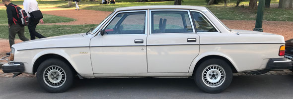 Car Volvo 244 GL 1981 Overdrive