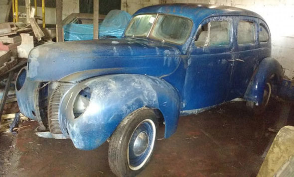 Car Ford De Luxe 1940