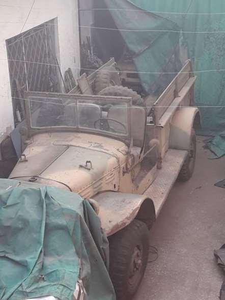 Car Dodge M601