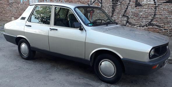 Car Renault 12 TL