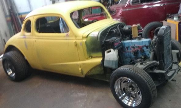 Auto Chevrolet 1937 Coupé