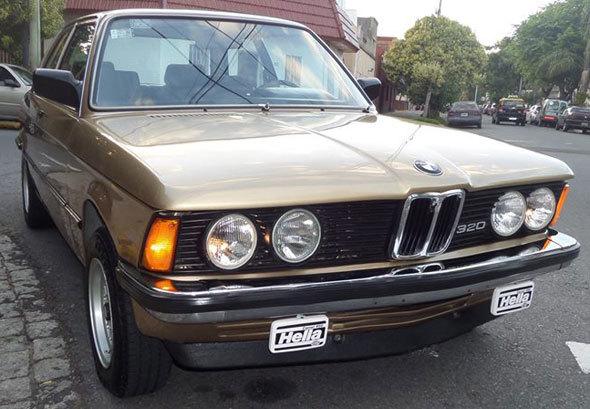 Car Bmw 320 E21