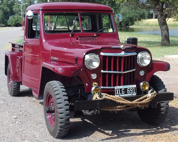 Car Willys Overland 1954