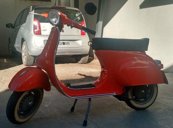 Vespa 1980 Motorcycle