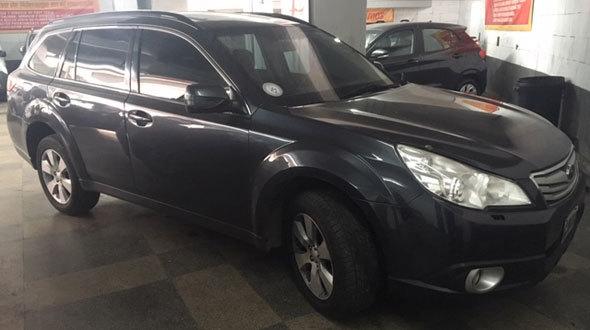 Car Subaru Outback