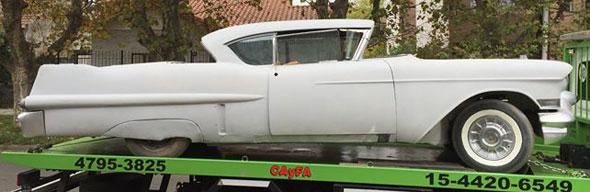 Auto Cadillac Coupé 1957