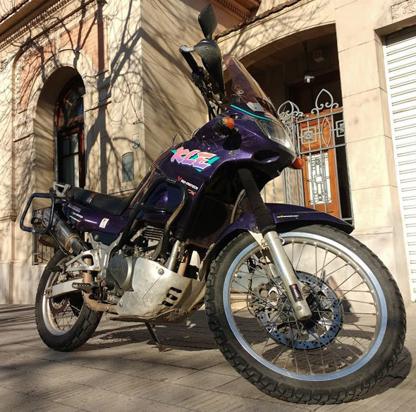 Kawasaki Kle 500 Motorcycle