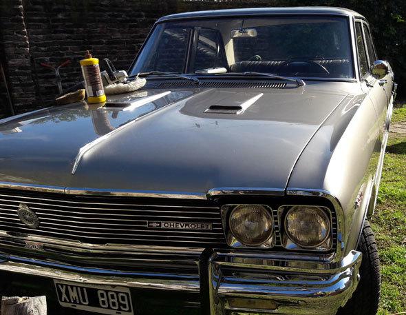 Auto Chevrolet 400 Super