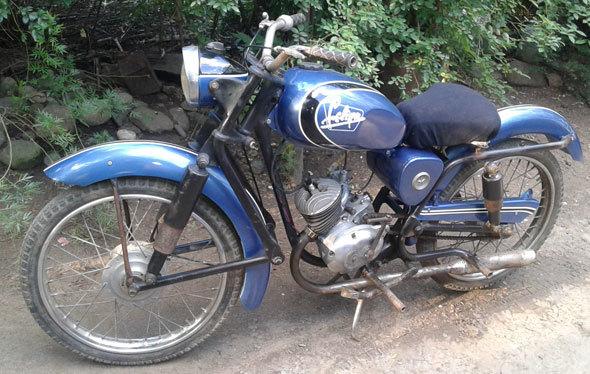Moto Crawdet Felina 98