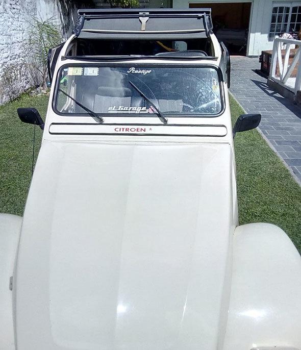 Auto Citroen 3CV América