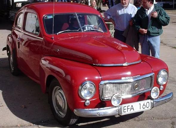 Auto Volvo PV444 1951