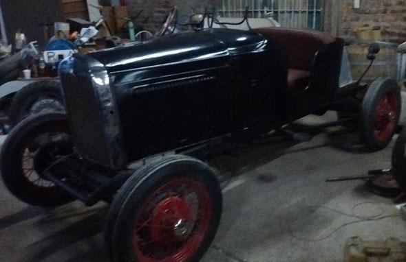 Auto Ford A 1930 Baquet