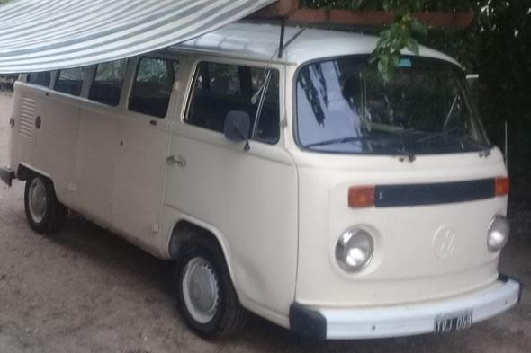 Car Volkswagen Kombi 1990