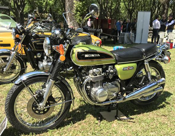 Honda CB550K1 Motorcycle