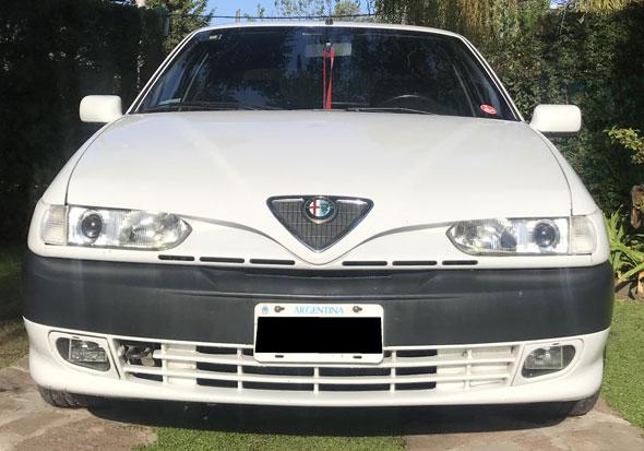 Car Alfa Romeo 146 Ti