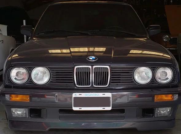 Auto BMW 318i