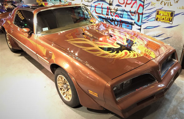 Auto Pontiac Transam 1977