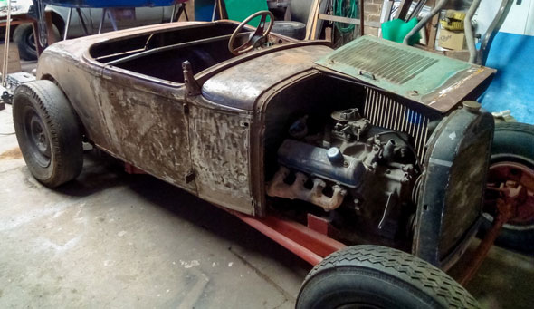 Auto Ford Roadster