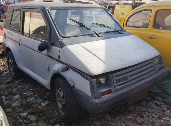 Auto Gurgel BR 800