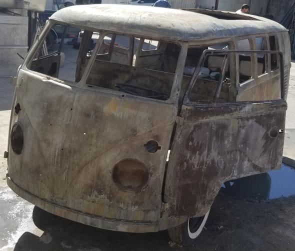 Volkswagen Kombi Sunroof